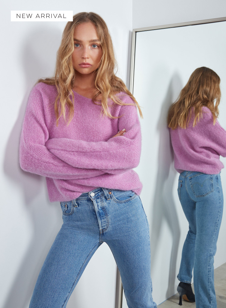 Wish Strike-out Sweater