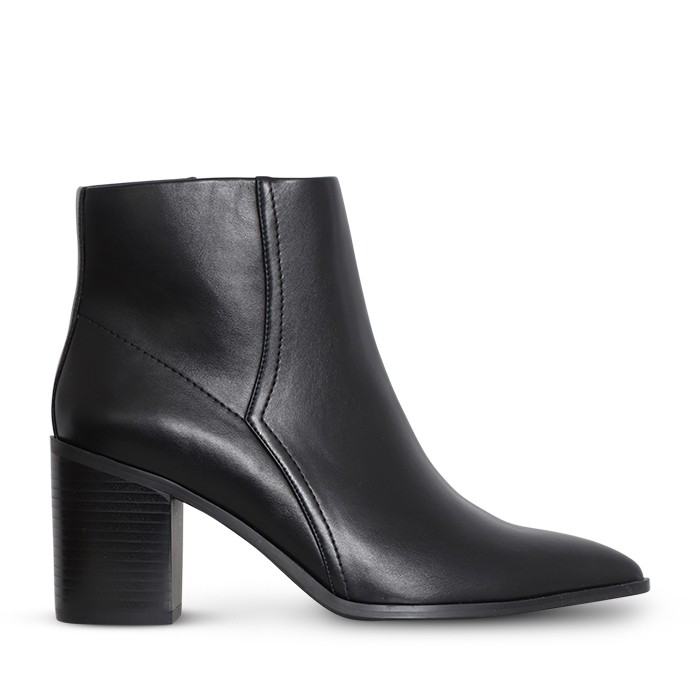 A:List Thurman Boot Black
