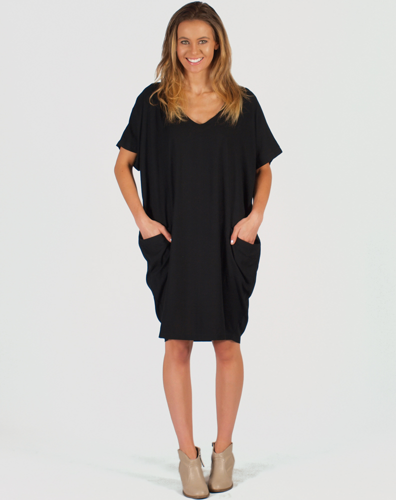 Freez Pocket Dress Black