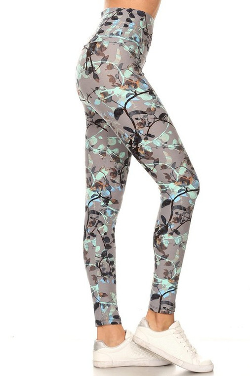 Leggings with Plant and Leaf Design