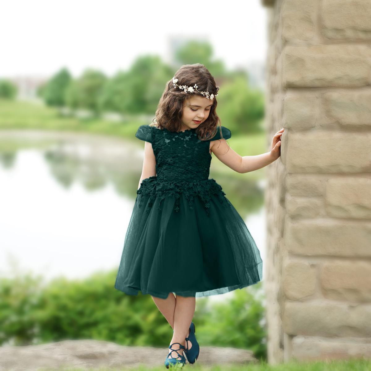 little girl in green. Original