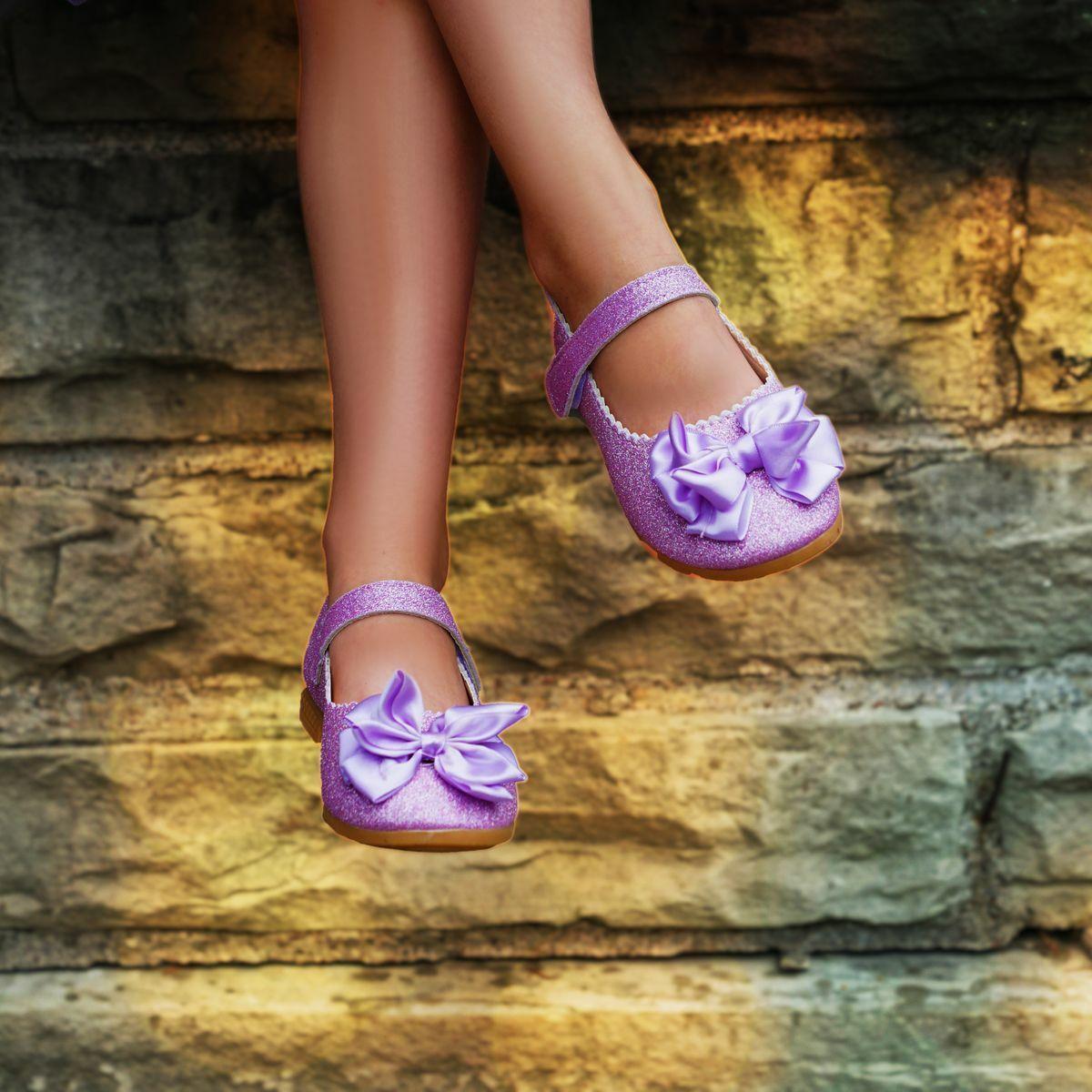 Julie shoes in lavende