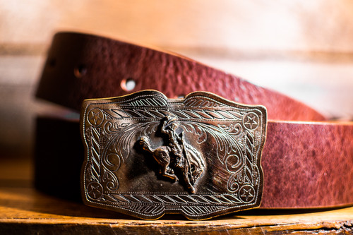 Scallop Vintage Bucking Bronco Buckle