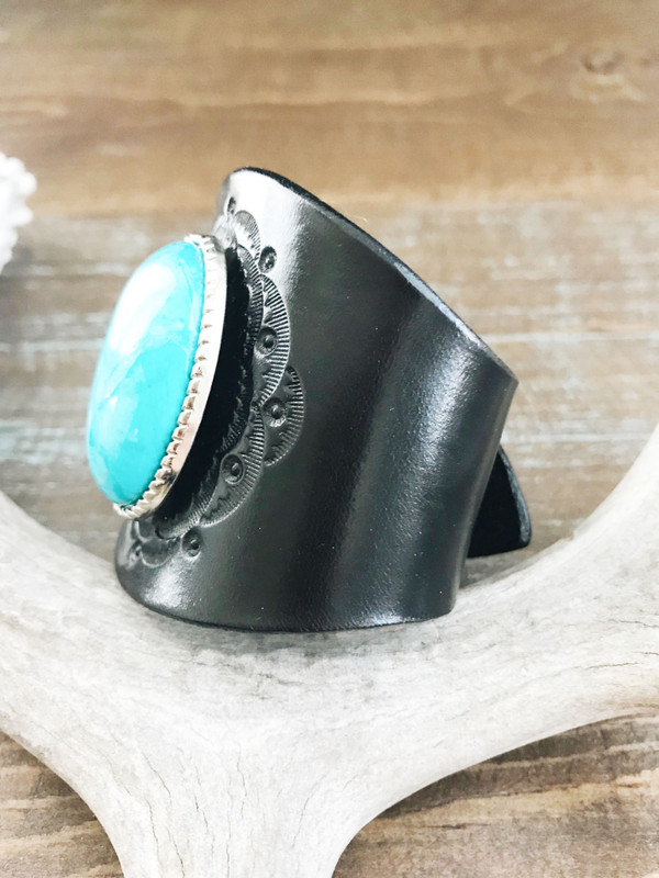 Piscina Turquoise Bracelet  - handmade with European veg tanned leather & stained black