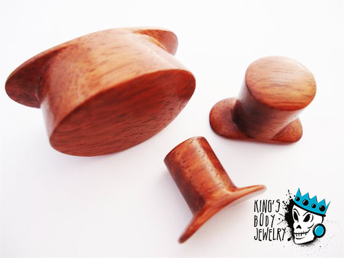 Diablo Organics Round Blood Wood Labret Ring