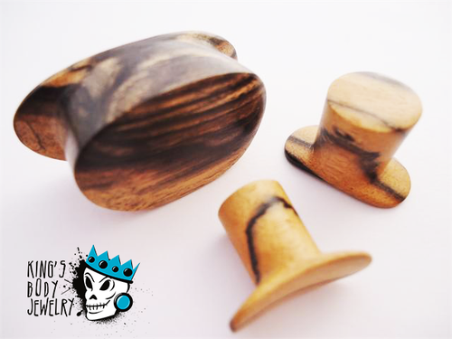 Diablo Organics Round Tiger Ebony Wood Labret Ring