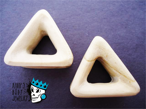 Crocodile Wood Triangle Tunnels