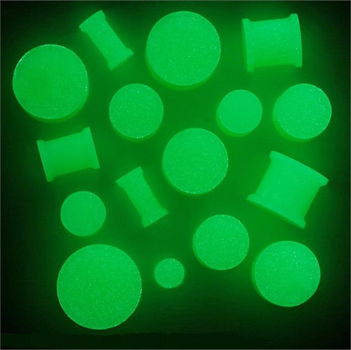 Glow In the Dark Silicone Plugs (8g - 7/8 inch)