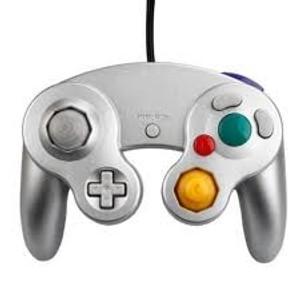 New Silver Replica Controller - GameCube / Wii