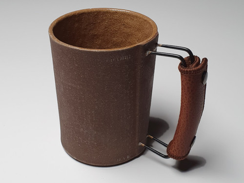 Handmade Vintage Ceramic Mugs in Dark Brown and Light Brown with Metal Handle and Leather Holder
