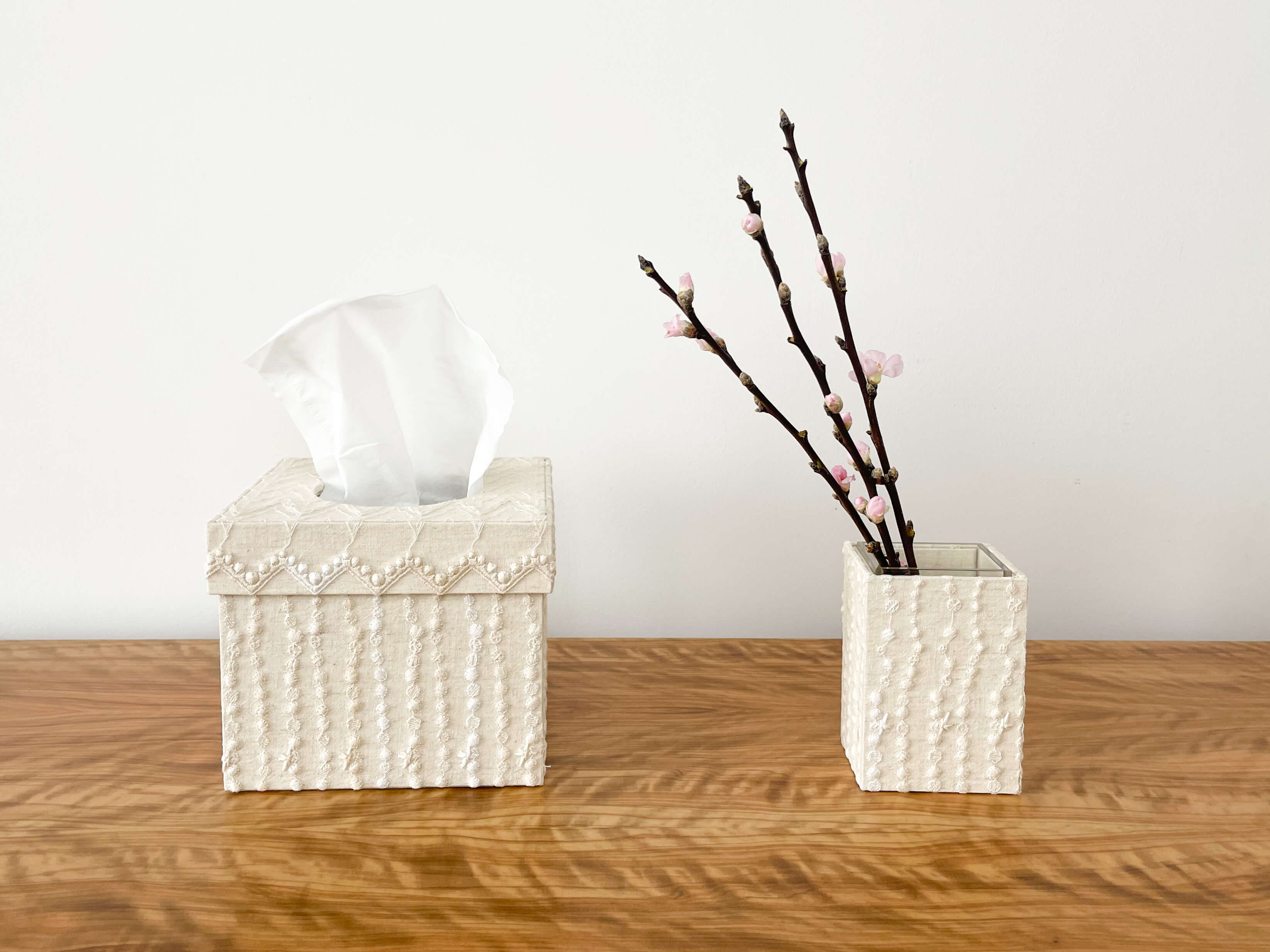 hacocco cartonnage tissue box square cream drops The Moon Jar tissue case and pencil holder embroidered fabric