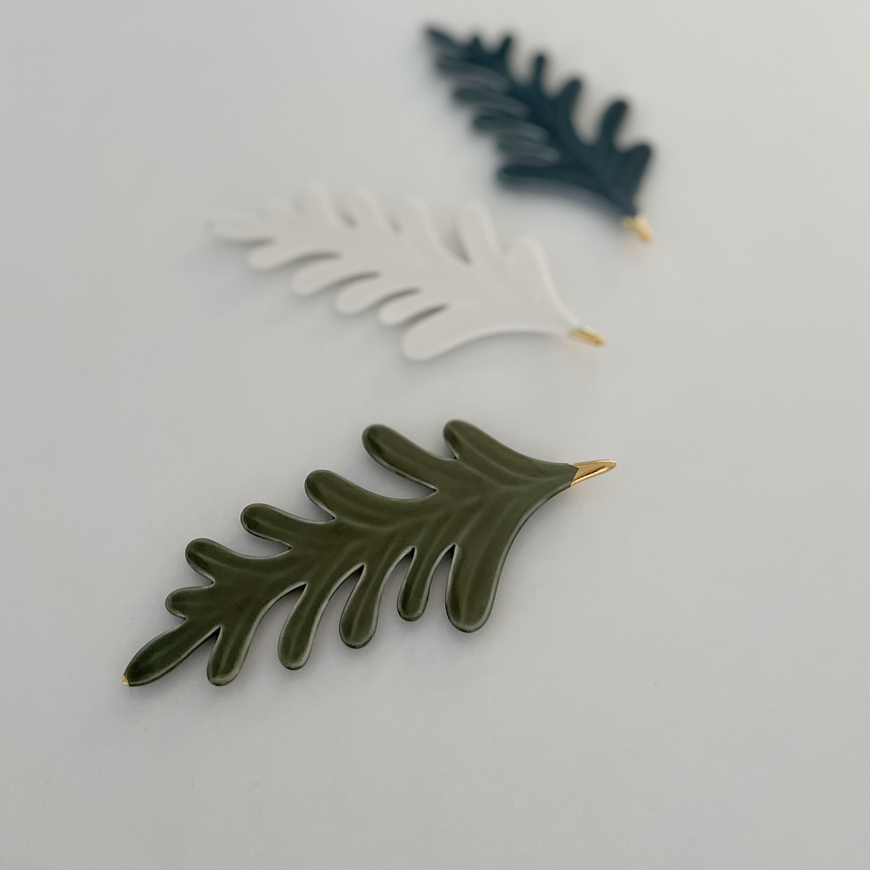 Botanic Chopstick Rest by Jung So Young