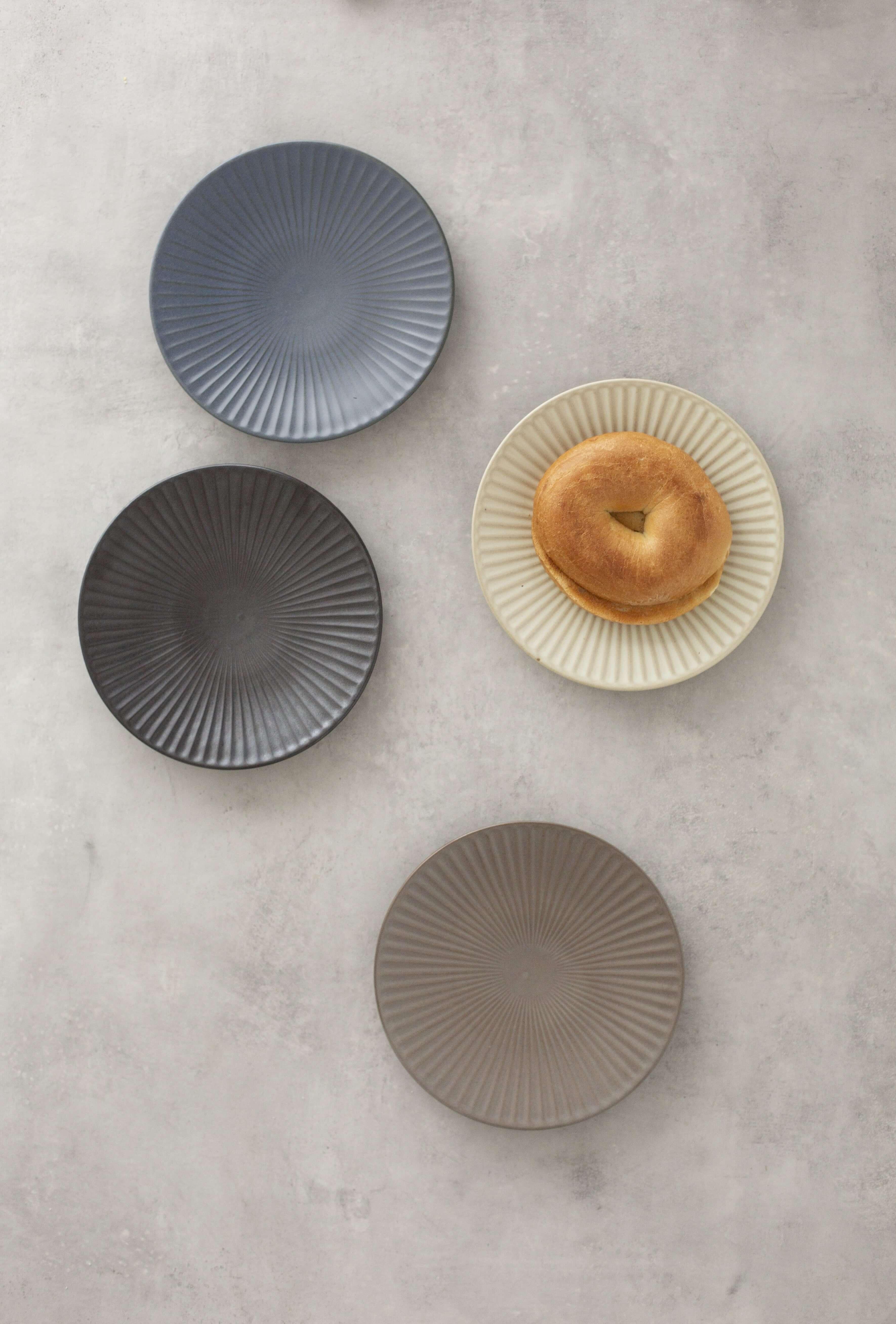 Handmade Ceramics Korean Oseo plate, 19cm size