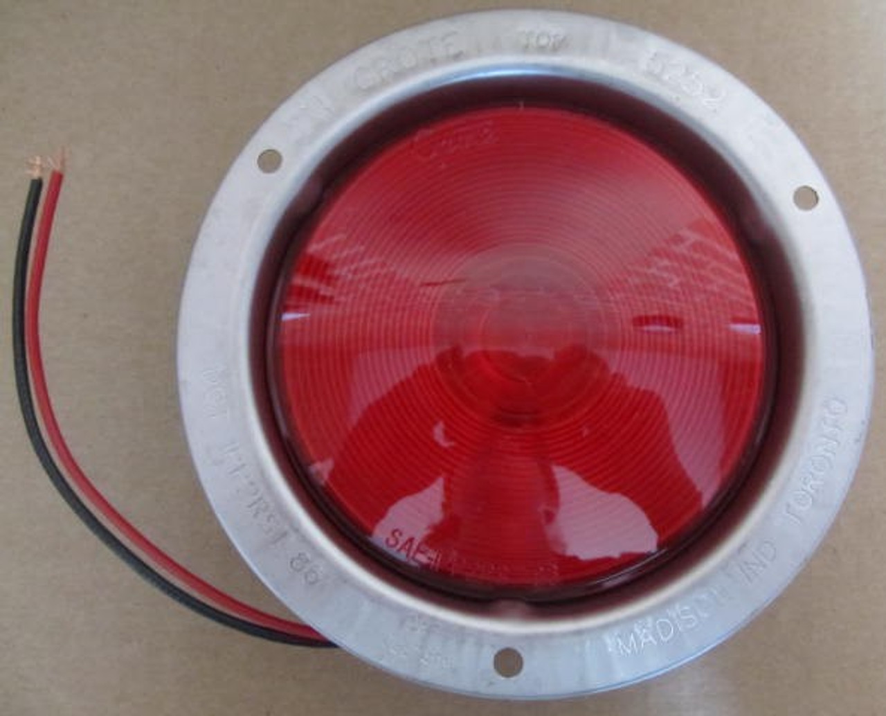 Flush Mount Stainless Steel Taillight (CLT037)