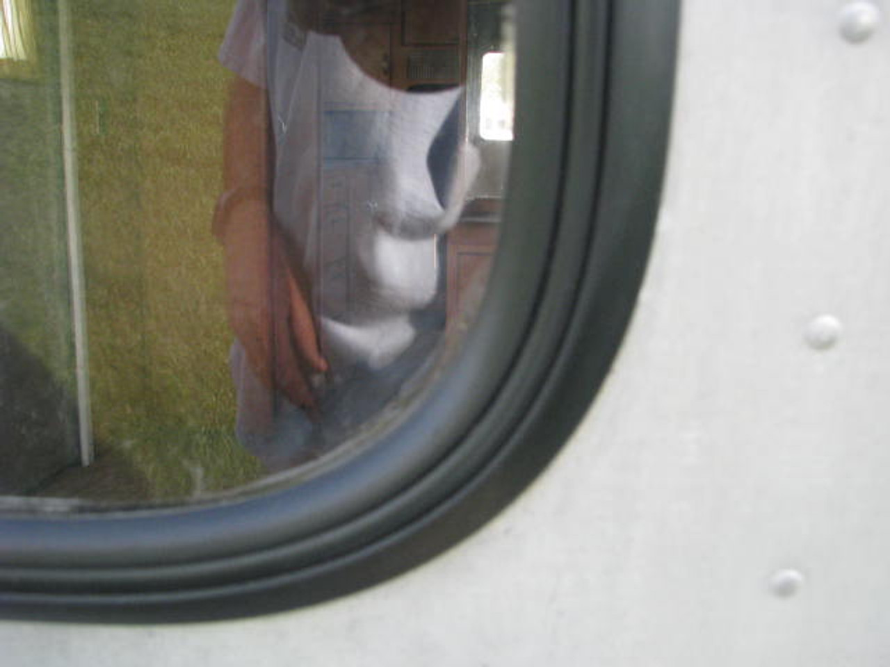Oversized Spartan Window Gasket & Lock Strip (CHW014)