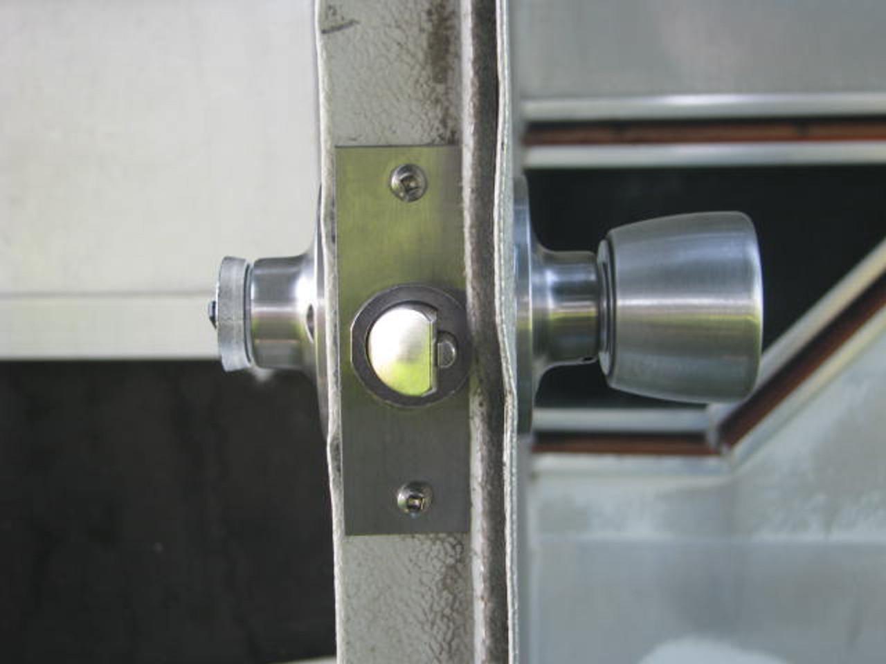 Bargman L-100, L-200 Retrofit Lock Kit (CHW106) Lock kit installed