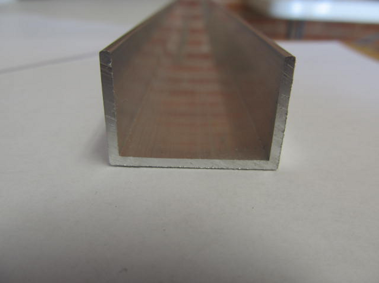 Aluminum U-Channel (CHW142) END PICTURED