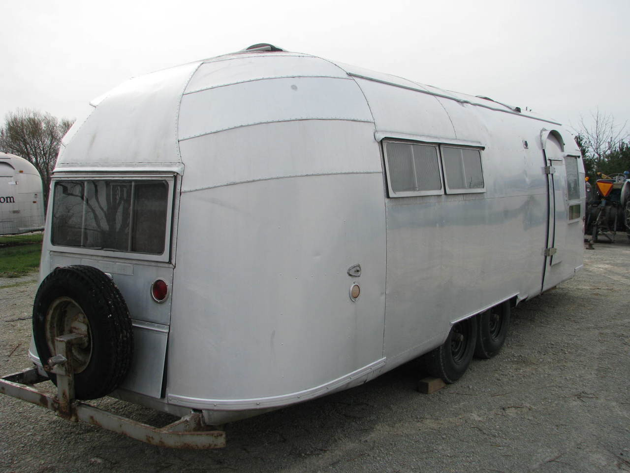 1956 Airstream 26' Overlander - Whale Tail  #6697               (SOLD)