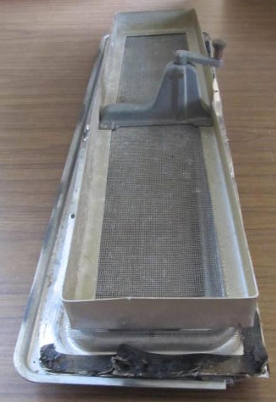 "19-1/2"" x 4-1/2"" Aluminum Hehr Style Window"