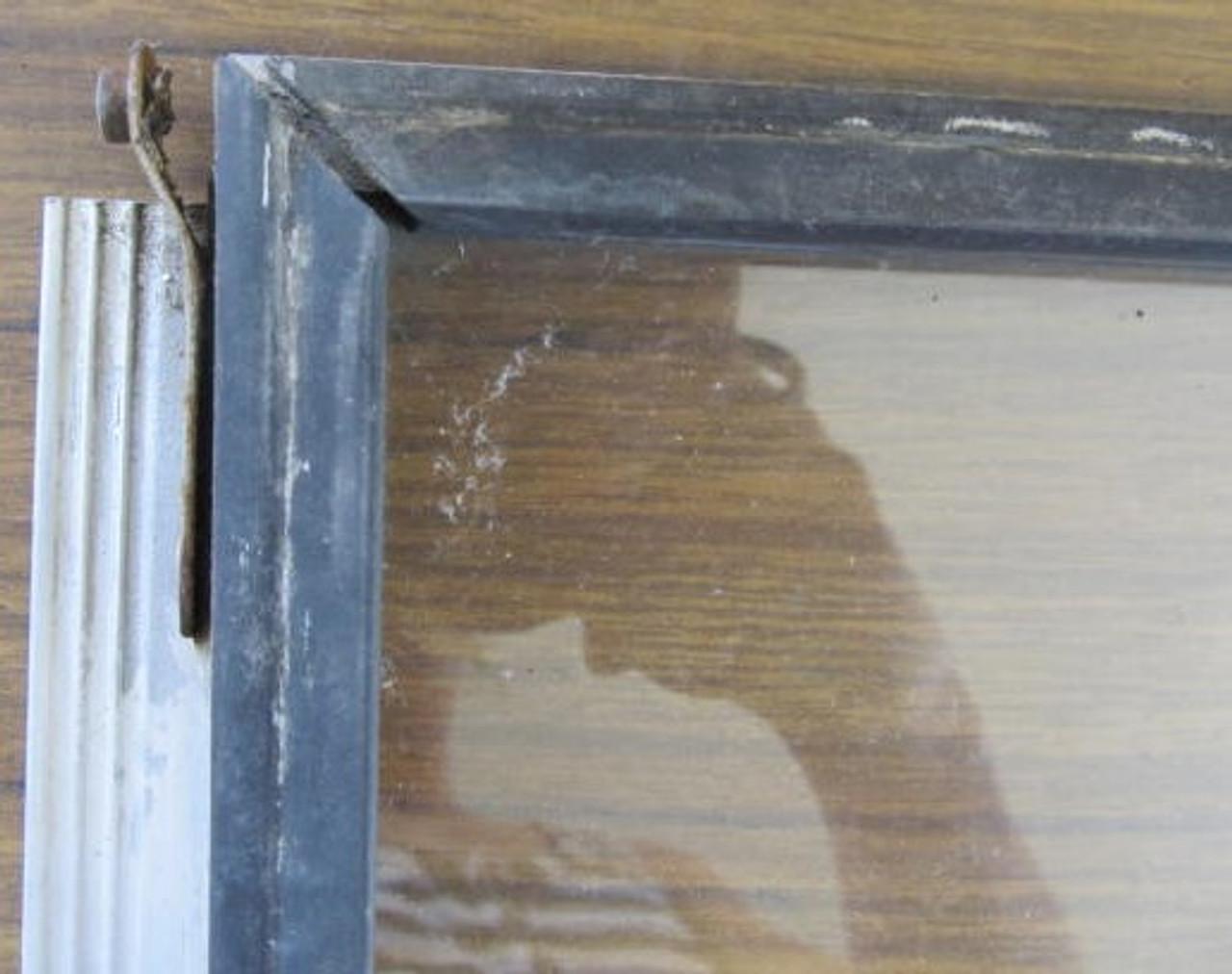 "18-3/8"" x 10-1/8"" Spartanette Front Window (BP341)"