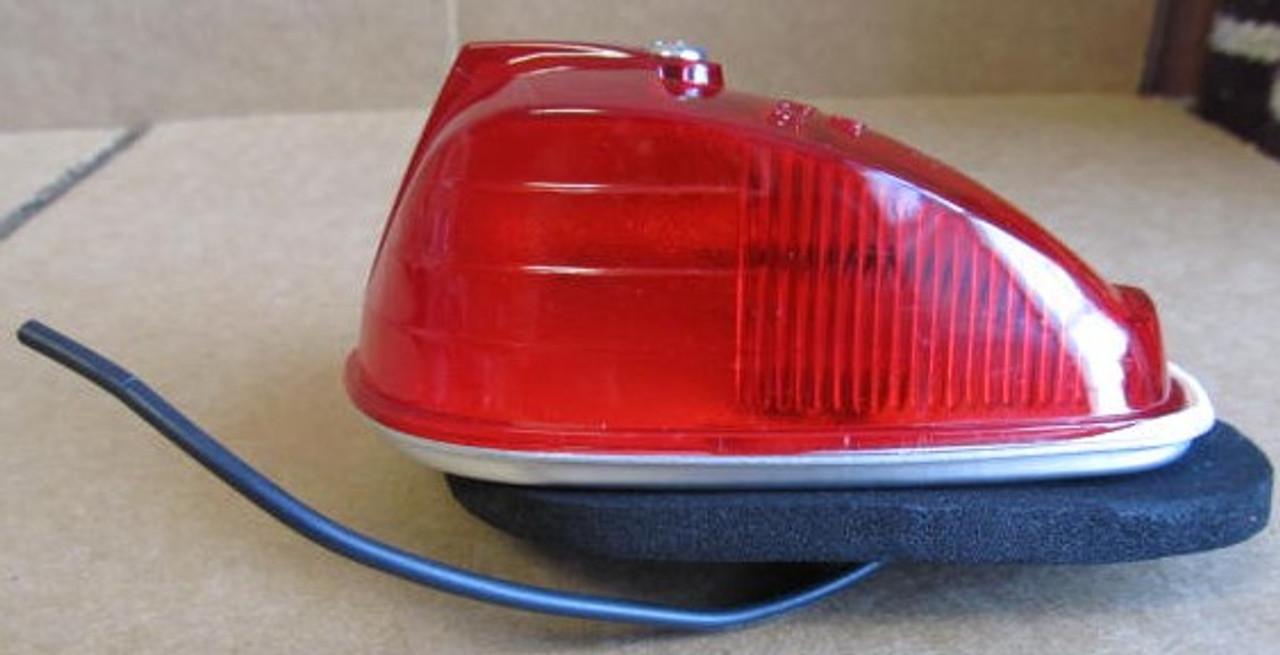 Arrow Marker Light #53 - Red Complete Light with (cracked lens) (LT427)