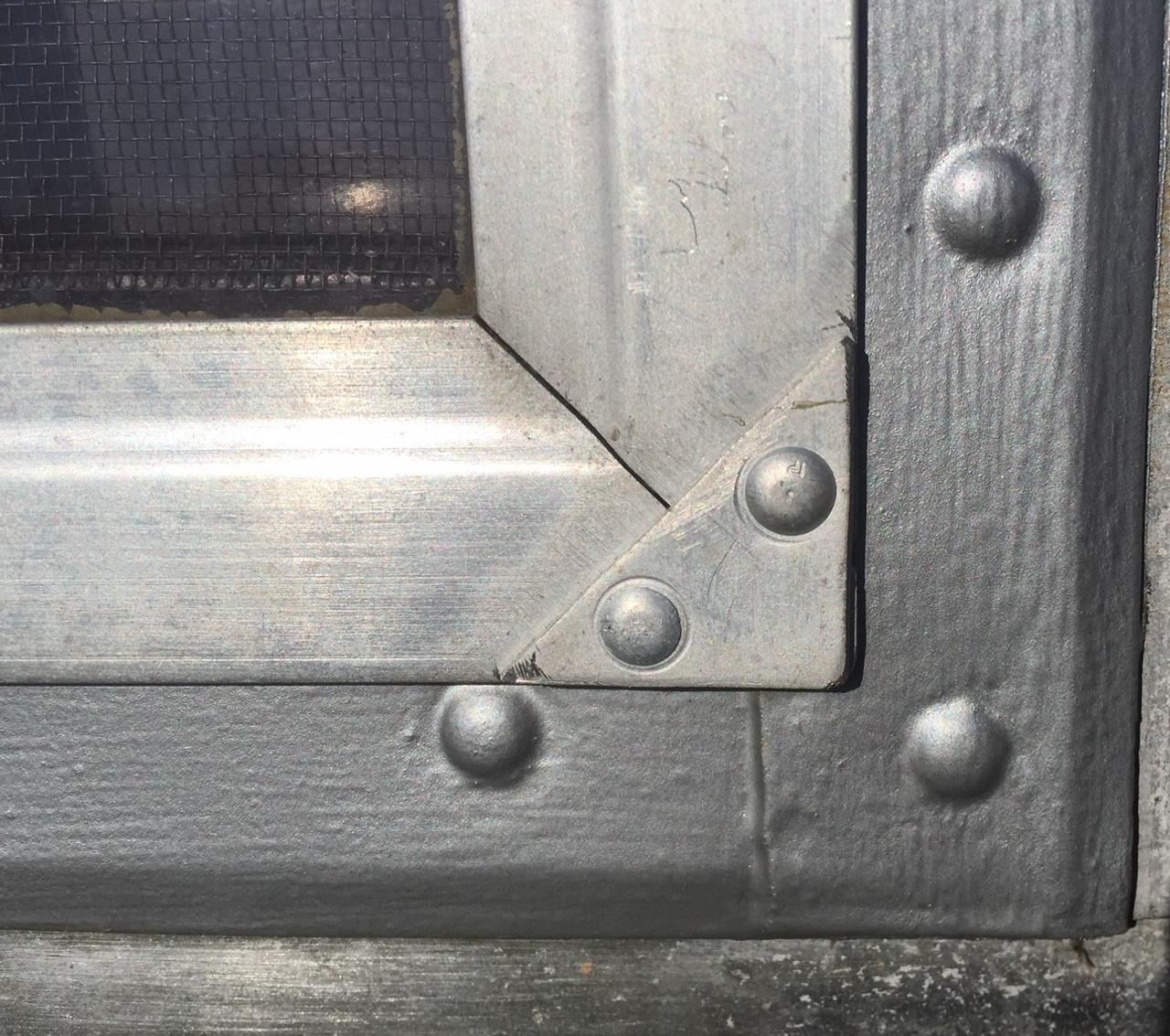 Air-o-lite corners (CHW159)