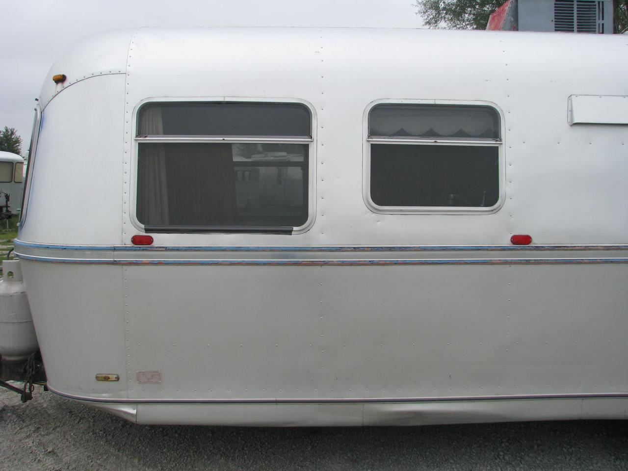1973 Avion 28' Travelcader #28081