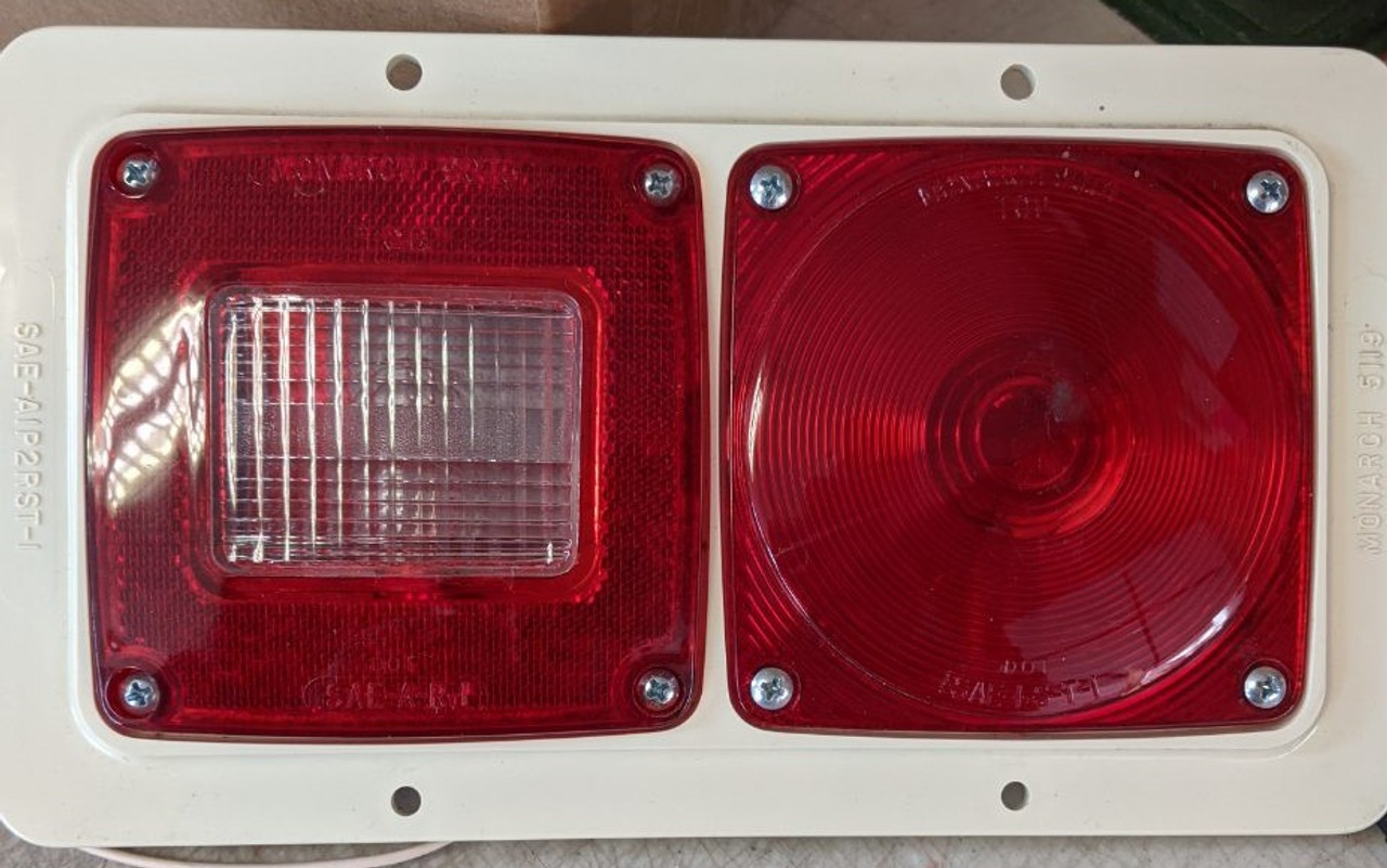 Monarch 5119 Tail Light