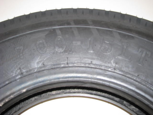 7:00-15 LT Loadstar Bias Tire (CCH009) FRONT ZOOMED