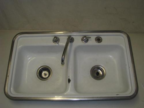 Porcelain Double Bowl Sink (PL012)