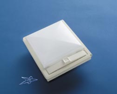 SINGLE LIGHT w/SWITCH WHITE (18-1047)