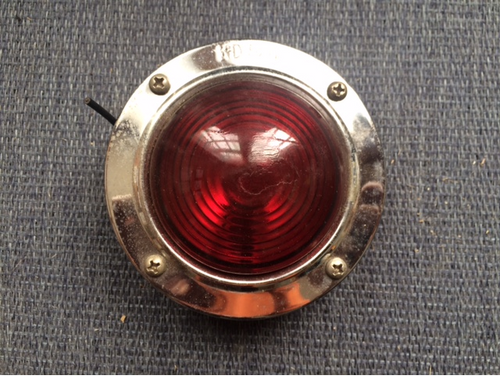 KD 520 Red Light (LT340) FRONT VIEW