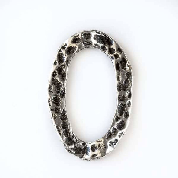 Silver Pewter 19x28mm Oval Dotted Wavy Link - 12 per bag - CTB10354s