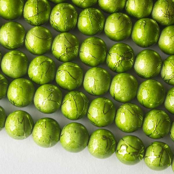 Glass 10mm Pea Green Round with Splatter - 16 inch strand