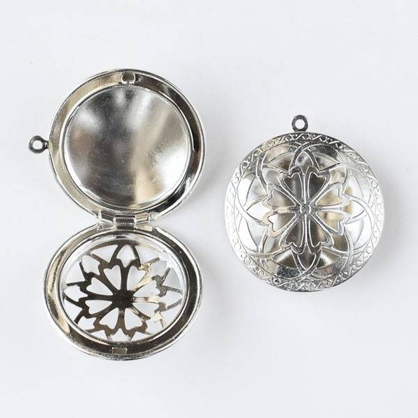 Bright Silver 32x36mm Coin Locket with a Cut Out Flower on the cover - 1 per bag
