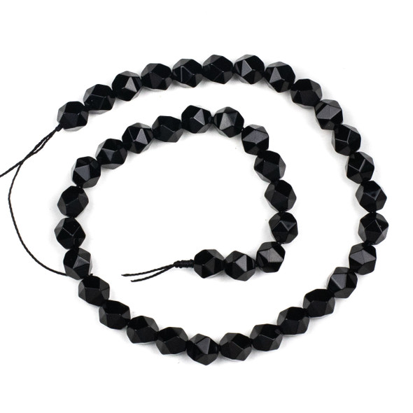 Onyx 7-8mm Simple Faceted Star Cut Beads - 15 inch strand