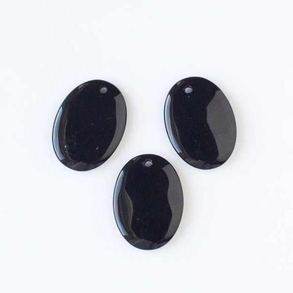 Onyx 22x30mm Medium Oval Pendant