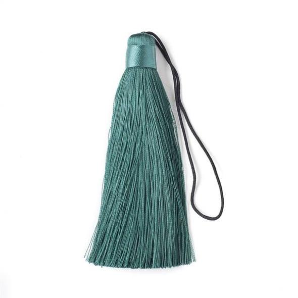 "Crocodile Green 4"" Silk Tassel - 1 per bag"