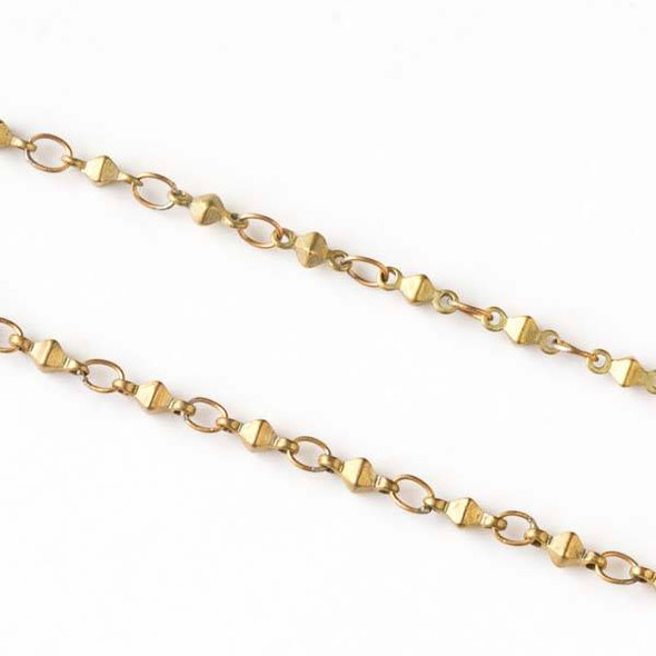 Raw Brass Chain with 2.5x3.5mm Small Oval Links alternating with 2x6mm Octahedron Links - chain1045vb-sp - 10 meter spool