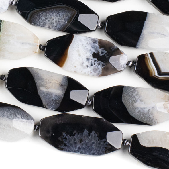 Black and White Agate 21x46mm Faceted Oval Beads - 17 inch knotted strand