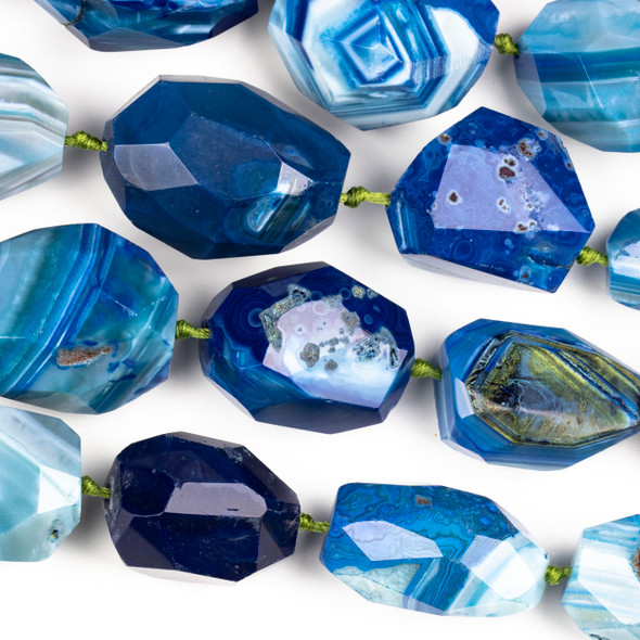 Dyed Agate Bright Blue Graduated 16x24-30x40mm Faceted Nugget Beads - 16 inch knotted strand
