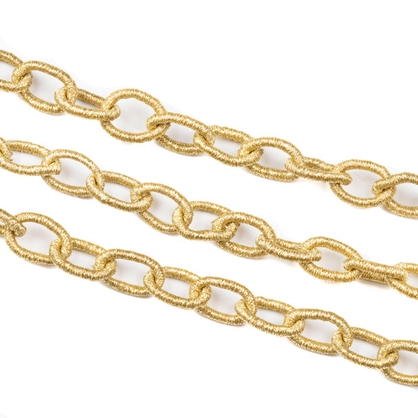 Fabric Chain - Pale Gold, 11x16mm Irregular Oval Links, 1 Foot