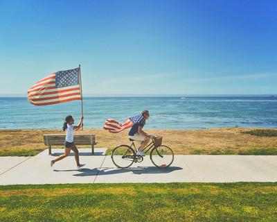 5 Gear & Gadget Ideas to Upgrade Your Summer Adventures