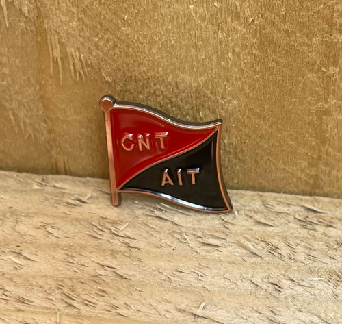 CNT AIT red copper badge