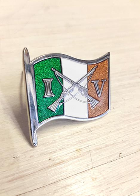 Reproduction Irish Volunteers enamel badge.
