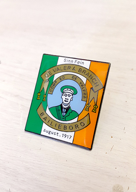 This is a quality enamel badge with brooch fixing reproduced from a Sinn Fein banner from 1917