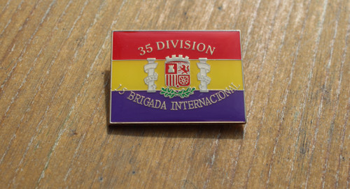 35 DIVISION 15 BRIGADA INTERNACIONAL BADGE/PIN