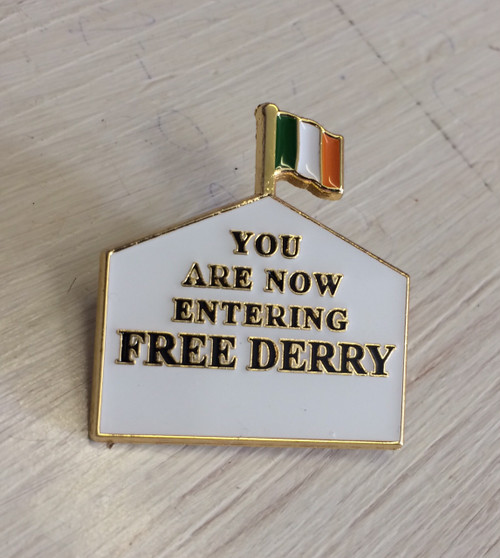 FREE DERRY enamel badge 30 mm x 27.4 mm
