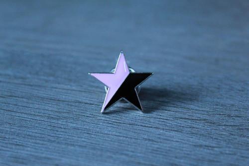 Black Pink star enamel badge