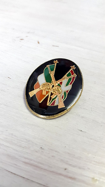 Irish / Basque Country Rifle Solidarity Badge